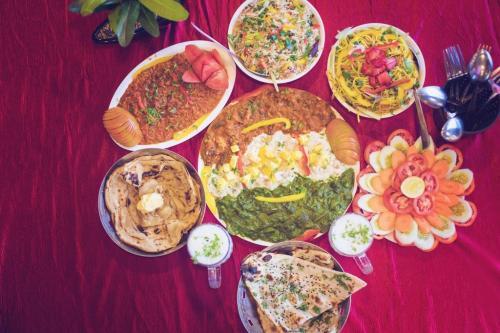 vegetarian-friendly fun dine